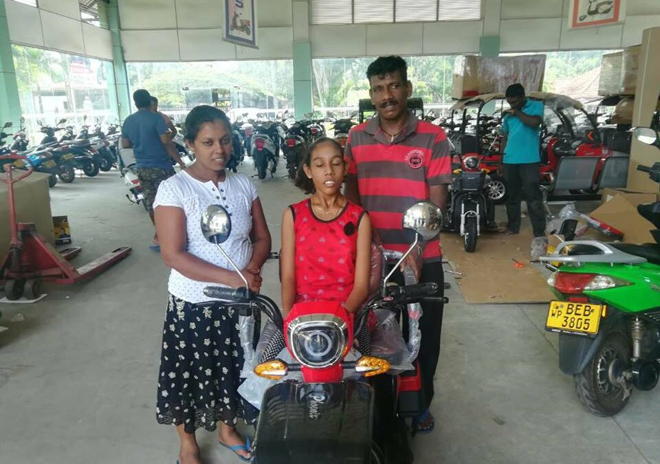 Donated an Electric Scooter to Harshani Deepika Wijesinghe, Mahauswewa